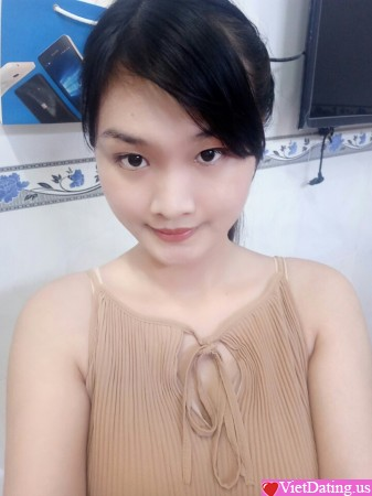 asian singles in tram There are many travelers who claim that traveling alone is the best way to see the world you deliberately travel solo, they say, because you want to experience the.