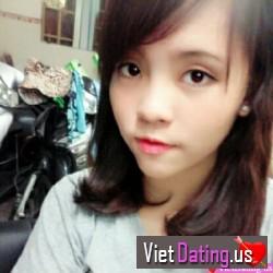 Vy_Pham, Vietnam