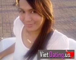 Pretty Vietnamese girl seeking man