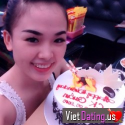 tanghongthuyvymi, Vietnam