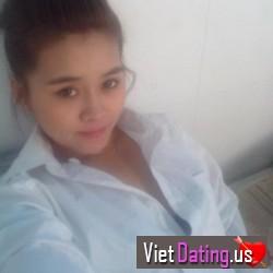 yenymoon123, Vietnam
