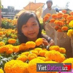 bonnienguyen13, Vietnam