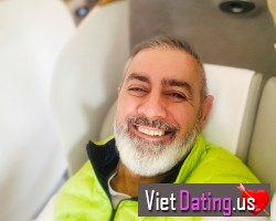 Western man in Texas seeking Vietnamese girl
