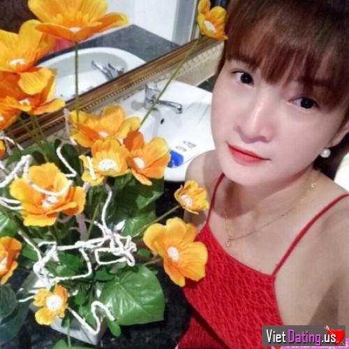 thihuong30, Vietnam