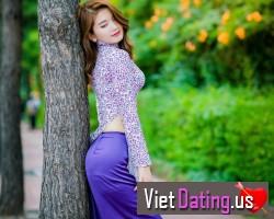 Single Viet girl in California seeking a single man