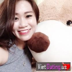 uyennguyen27, Da Nang, Vietnam
