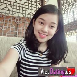 emcanbovaicuaanh, Vietnam