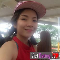Trisha_2891, Hai Duong, Vietnam