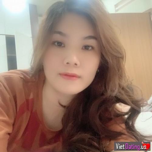 Hong_2303, Vietnam