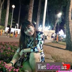 LinhTrang1011, Vietnam