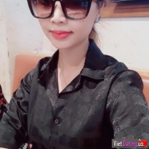 NgocRuby95, Vietnam