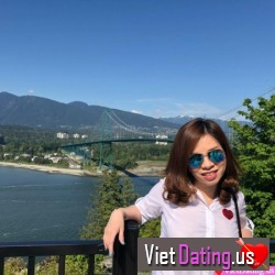 Jenneferpham80, Vancouver, Canada